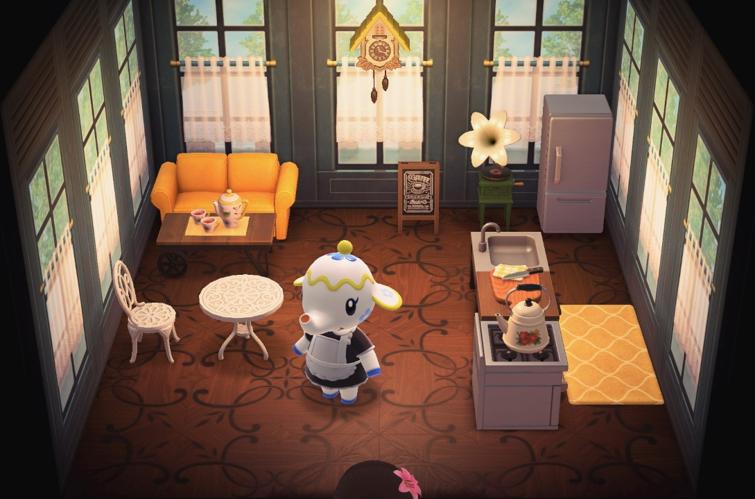 Interior of Tia's house in Animal Crossing: New Horizons